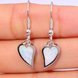 Серьги Сердце из серебра с белым опалом