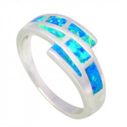 Серебряное кольцо с синим опалом