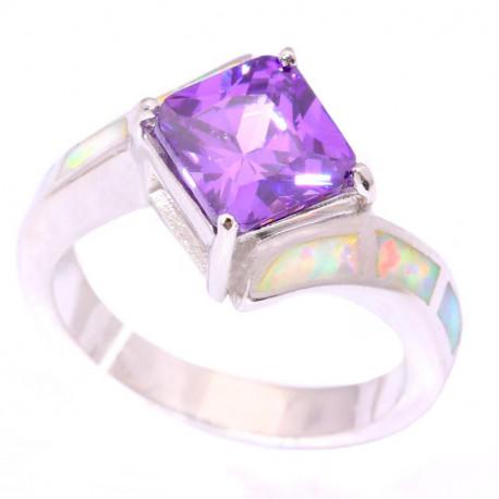 Серебряное кольцо с аметистом и опалами