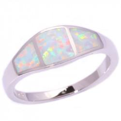 Серебряное кольцо с белыми опалами