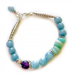 Голубой браслет из натуральных камней