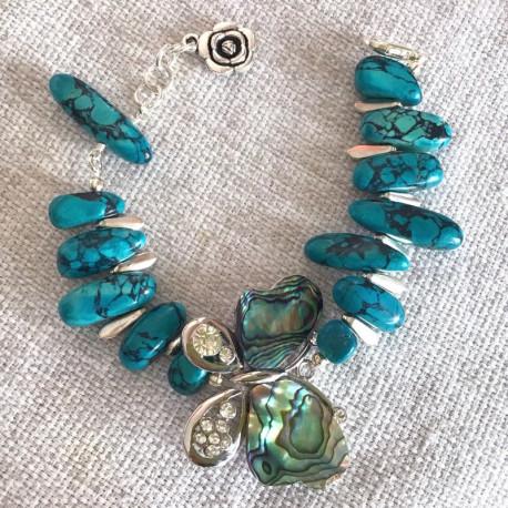 Бабочка и яшма браслет с камнями