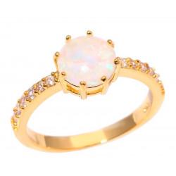 Кольцо позолоченное с белым опалом 8 мм, цирконами