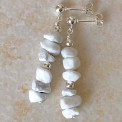 Белые серьги с бирюзой пусеты с камнями