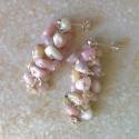 Гроздья серьги с розовым опалом пусеты с камнями