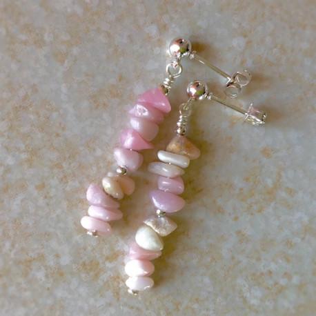 Модные серьги с розовым опалом пусеты с камнями