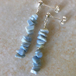 Длинные серьги с голубым опалом пусеты с камнями