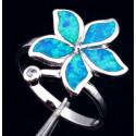 Кольцо Цветок из серебра с голубым опалом и цирконом