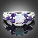 Серебряное кольцо с белым опалом 6 мм и аметистами