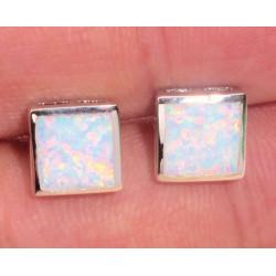 Серьги квадратные пусеты из серебра с белым опалом